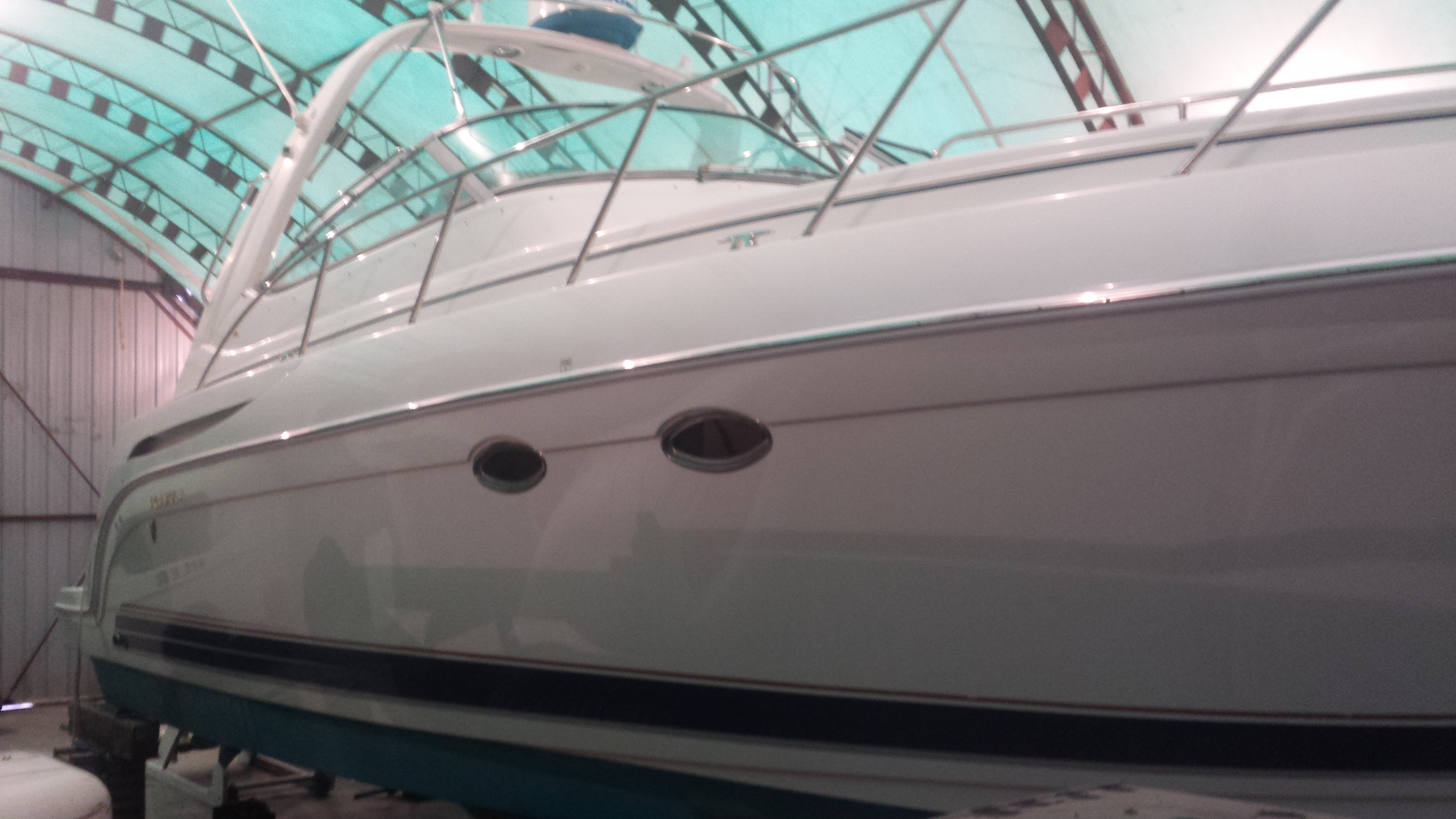 Complete boat / yacht painting and exterior refinishing at Lynwood Marina in North Vancouver for a Richmond BC customer.