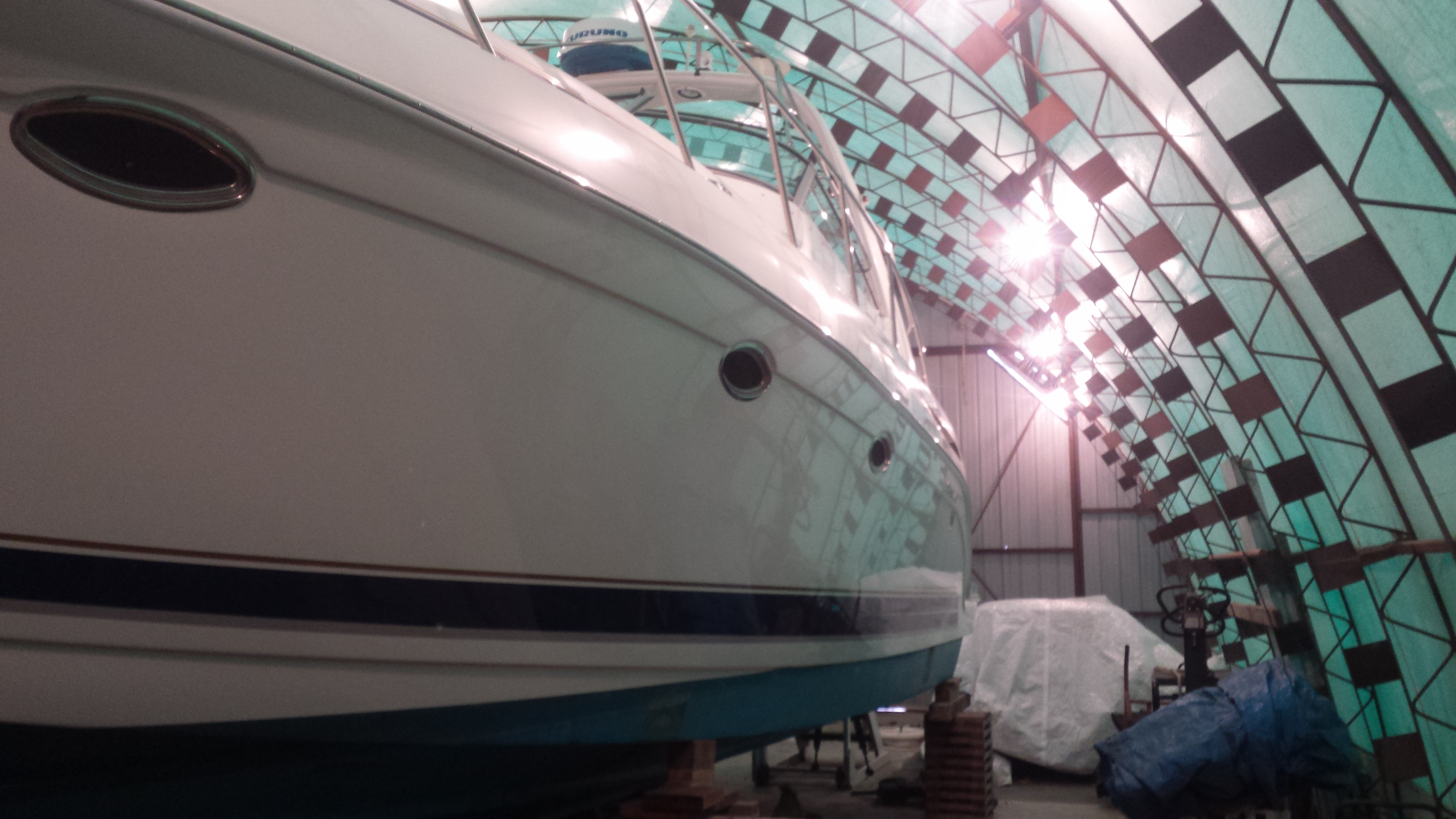 Onsite mobile boat repair and maintenance service including fiberglass repair, gelcoat touchups and a complete detailing polishing and waxing for a Ladner / Delta BC customer.